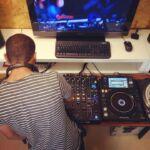 Dando Close com a DJ School